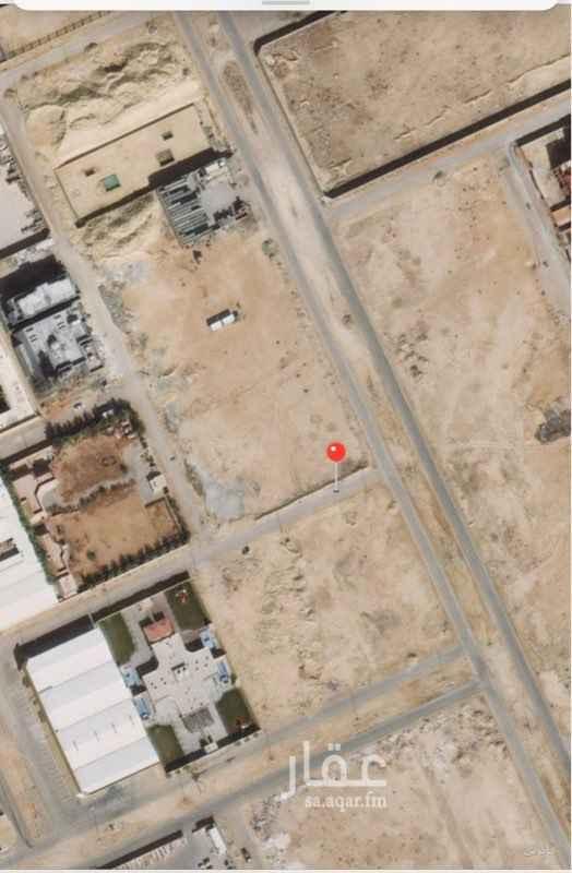 1509419 للبيع قطعة ارض حي امانة المنيع شمال طريق القوات شرق الملك عبدالعزيز  مساحة ١٢٠٠ متر  شارع ١٥ شمالي  اطوالها ٣٠*٤٠ البيع ١١٠٠ للمنر