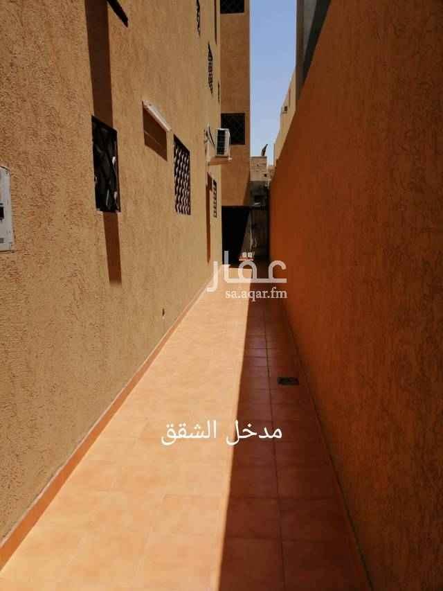 1682478 شقه للإيجار تحتوي على  غرفتين 4*5 صالة 4.5*5 دورتين مياة تكرمون مطبخ 3.5*4 مجلس 5*5 مدخل مستقل الموقع جنوب الرياض حي الحزم