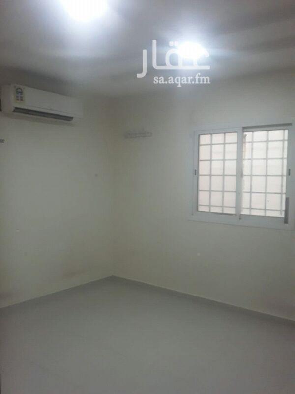 1530636 غرفه في شمال الرياض حي العارض قريبه من مسجد ركبه مكيف  ودورة مياه  لتوصل 0554153485