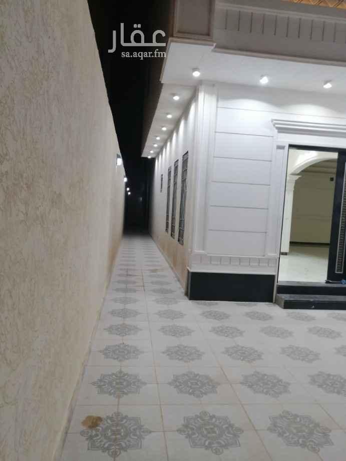 1818268 فله درج داخلي جديد على شارع البجادي الرمال غريب من شارع ادمام
