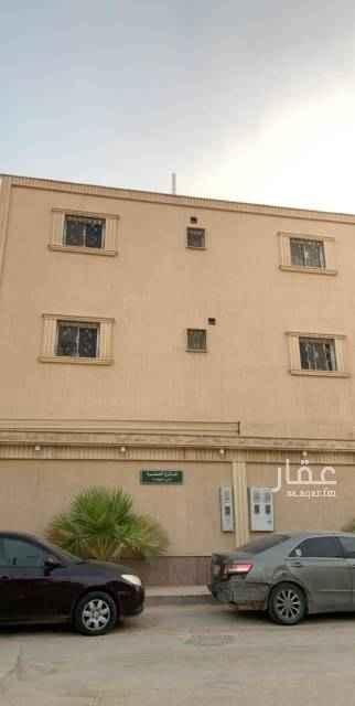 1650036 شقه مجدده مدخلين حي النهضة ثلاث غرف نوم وصاله ومطبخ ومجلس معها سطح كبيره