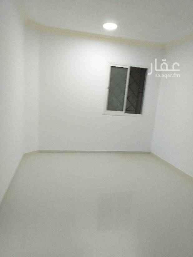 1122644 شقه ممتازه الكهرباء مستقله  الماء واصل 0533649665 خلف المفروشات شارع النبع