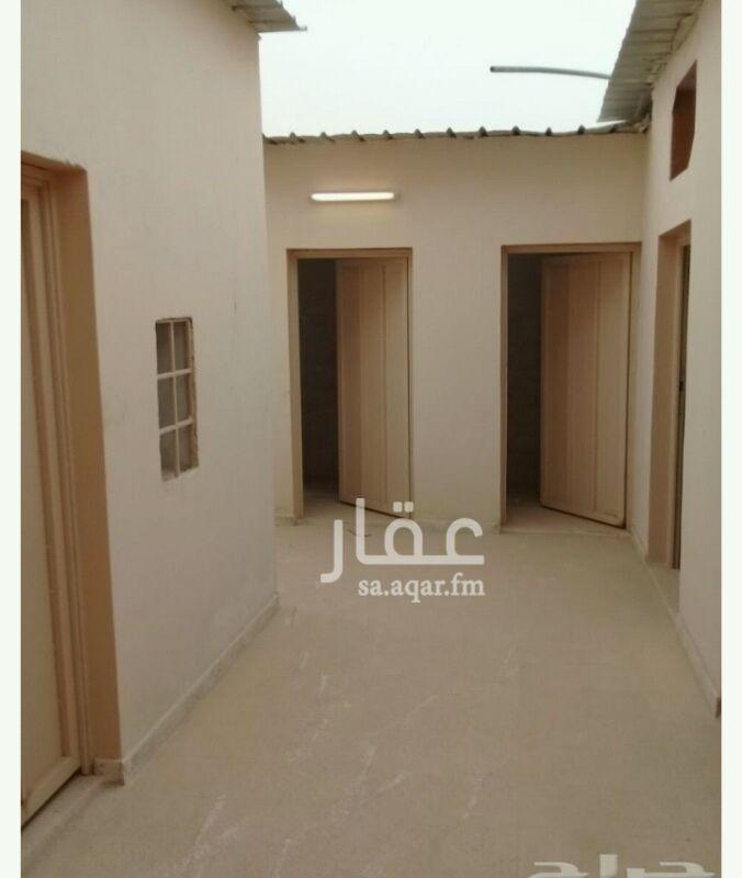 1013821 غرف عمال للإيجار بحي العارض  عدد الغرف 5 + مطبخ و 3 دورات مياه  مساحة كل غرفة 18 متر  سعر الغرفة للإيجار السنوي 7500