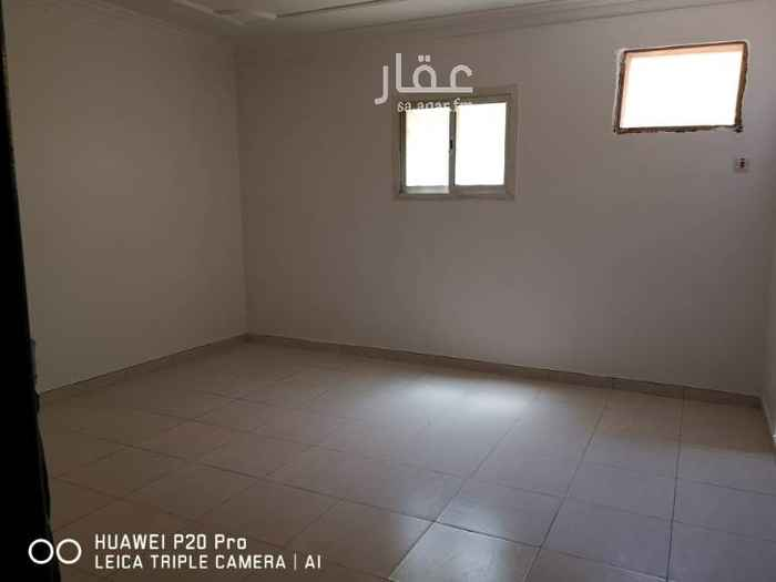 1763761 شقه في الدور الثاني 3 غرف وصاله نظيف عداد الكهربه مستقل مقابل المسجد