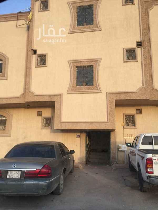 1380051 عماره مكونه من خمس شقق كل شقه ٤ غرف وصاله بمنافعها موجره بقرابة مبلغ ٧٠٠٠٠ ريال حاليا