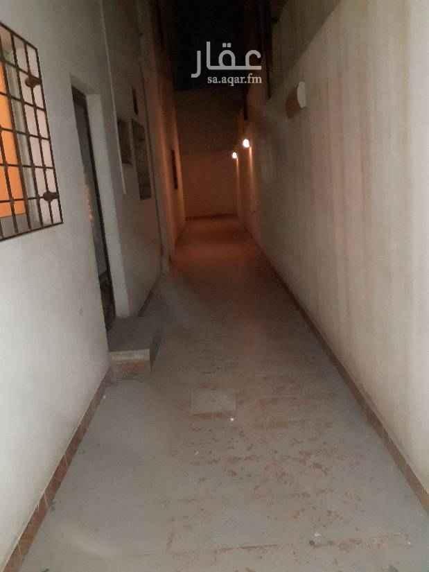1642748 شقه تمليك للبيع في ٧١/ب  عليه صندوق عقاري ٢٧٠  ٥غرف ٣حمامات  مدخل مستقل  حوش كراج غرفة غسيل مستودع