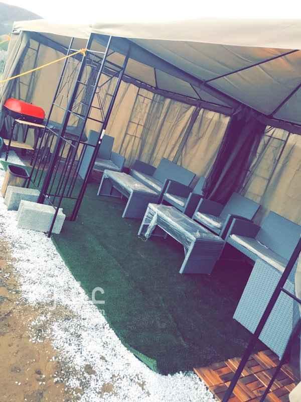 1290503 مخيم داخل مزرعة خاصه لمحبين الخصوصيه والاجواء الهادئه والروقان يوجد كهرباء وماء