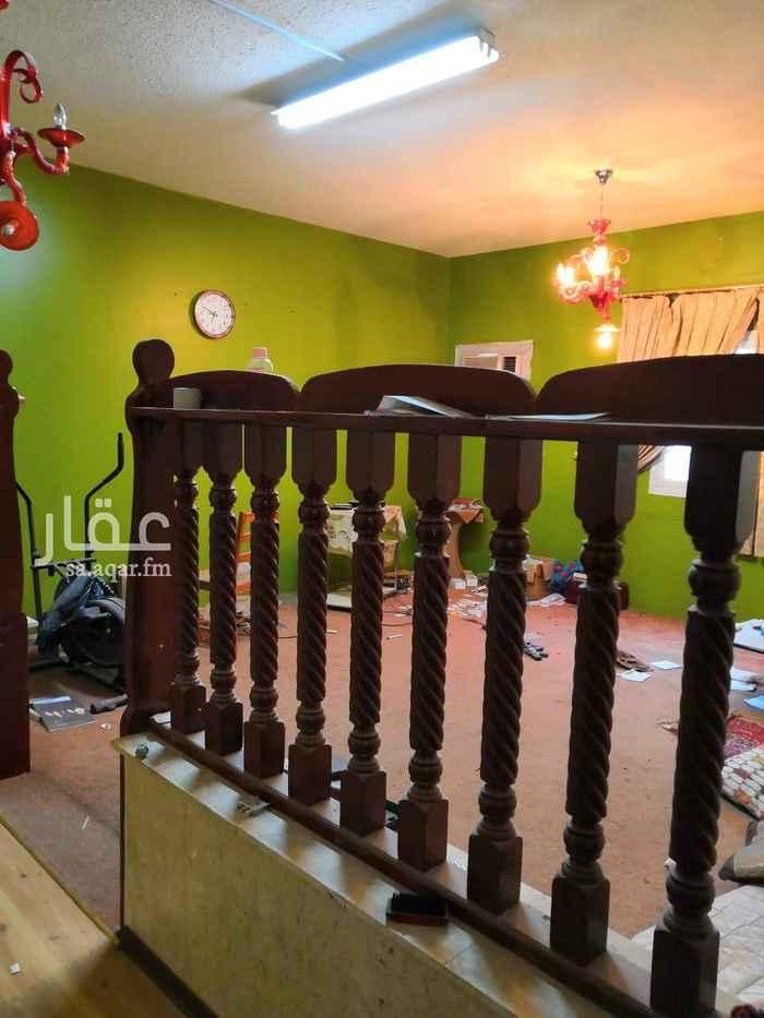 1631323 شقة بالدور الاول بحي الاندلس مكونة من ٤ غرف وصالة وحمامين ومطبخ
