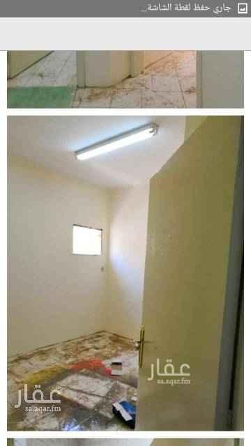 1631537 شقة داخل فيلا بحي الضباط شارع البراء بن عازب مكونة من غرفتين وصالة ومجلس ومقلط وحمامين ومطبخ وحوش صغير ومدخل خاص ومدخل مشترك.
