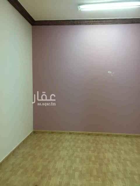 1589042 دور أرضي للايجار  ب حى اليرموك مساحته ٣٥٠ متر يتكون من ٤ غرف وصاله و٢ حمام :- ملحوظه / الموقع موقع المكتب