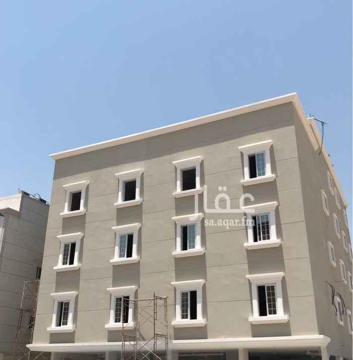 1474077 ا( ٣ شقق مكونة من ٣ غرف نوم ومجلس وصالة و ٣ حمامات ومطبخ ومستودع بمساحة ١٣٥ متر )  ( ٦ شقق مكونة من ٢ غرف نوم ومجلس وصالة و٣ حمامات بمساحة ١١٠ متر ) ( ٢ شقق مكونة من ٢ غرف نوم ومجلس وصالة وحمامين وسطح خاص بمساحة ١٢٥ متر)  - عداد ماء لكل شقة.  - عداد كهرباء لكل شقة.  - تكييف راكب. - مطابخ راكبة. - ١٣ موقف سيارة. - عدد الغرف عبارة عن ٣٦ غرفة، ١١ صالة، ٣١ حمام، ١١ مطبخ،  كل غرفة تكفي ٤ اشخاص على الاقل وممكن رفعها الى ٨. - مصعد.  - كاميرات مراقبة.  - تشطيب عالي المستوى من اعمال جبس و غيره