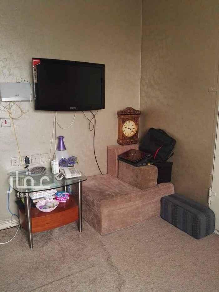1510455 شقة عوائل للإيجار مفروشة بالكامل  عبارة عن مجلس وغرفتين نوم وحمام ومطبخ  الإيجار لمدة ثلاثة أشهر فقط لظروف السفر