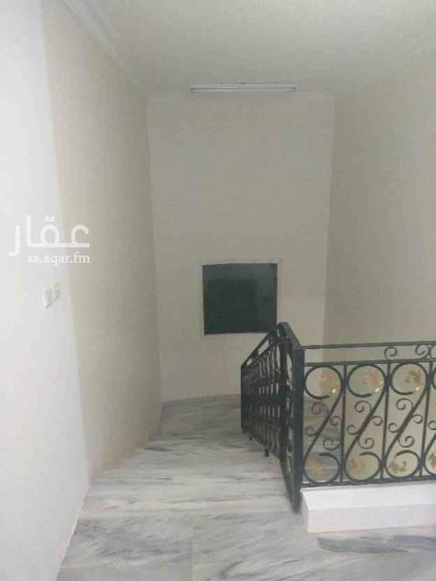 1552841 شقة علوية للإيجار عبارة غرفتين نوم وصاله ومطبخ وحمامين وسطح خاص  الدور الثالث