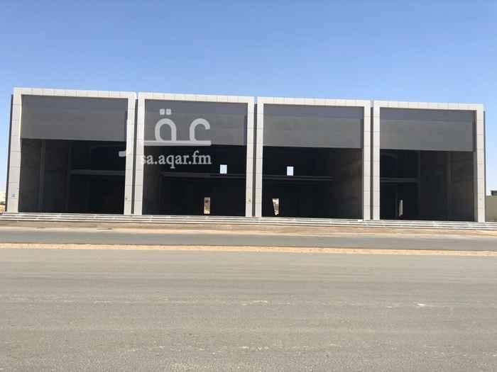1623459 هنجر تجاري ميزانين مكون من اربع فتحات مساحة كل فتحة حوالي ٣٤٠ متر مربع.