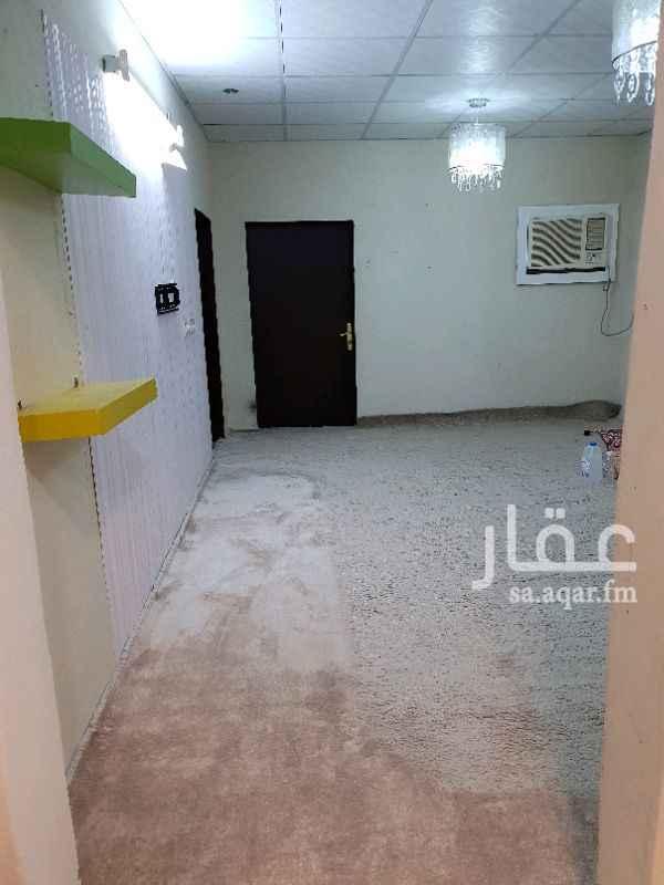 1378941 استراحة مكونة من مجلس وصابة ومطبخ وحمام  مؤثثة بالكامل  يوجد فيها عداد كهرباء