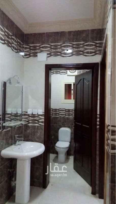 1185093 شقة تمليك خمس غرف وثلاث حمام وغرفة سايق ودور مواقف سيارات  مساحة ١٩٦م الشرائع مخطط ٣ بسعر ٥٠٠ ألف