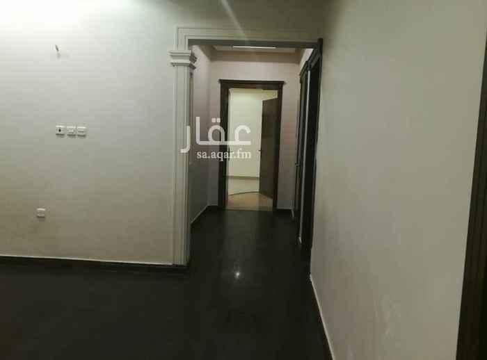 1480708 دور للأجار موقع مميز حي الصحافة 6 غرف 3دورات مياه مدخلين للدور المدخل مشترك. 6 مكيفات مطبخ راكب   للتواصل واتس    0568875588  المطلوب عائلة صغيرة وهادئة