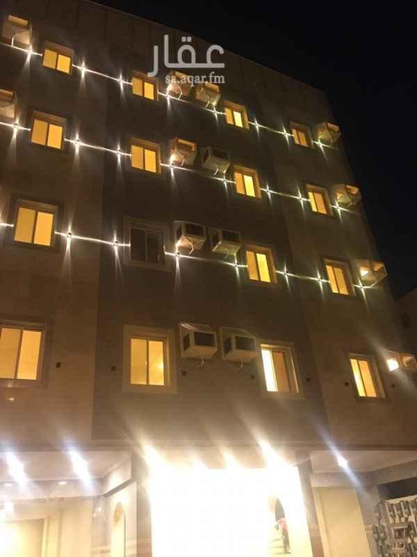 1400849 العمارة مطله ع شارع الامير ماجد الشقق الامامية ١٢٠٠