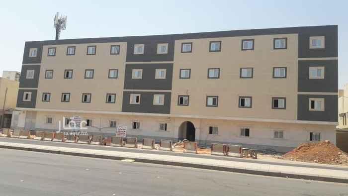 1499753 شقة جديدة فاخرة  مكونة من ٣غرف وصالة ومطبخ و٣ حمام ومكيفات اسبلت راكبة ومعها حوش وعليها ضمانات على السباكة والكهرباء ، ويوجود مصعد وحارس . ويوجد خصم ٥% على السعر . يوجد شقق في نفس العمارة مساحة أكبر وعدد غرف اكثر .