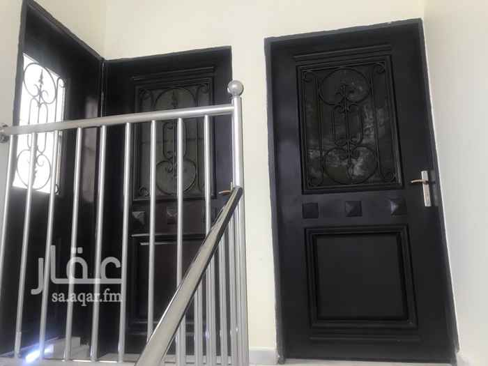 1506454 شقة دور ثاني مكونه من غرفتين نوم ومجلس وصاله ومطبخ ودورتين مياه مع السطح