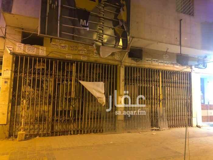 1695776 فتحتين في شارع حفصة بنت عمر  إضافة إلى فتحة إضافة إلى شقتين في نفس العمارة
