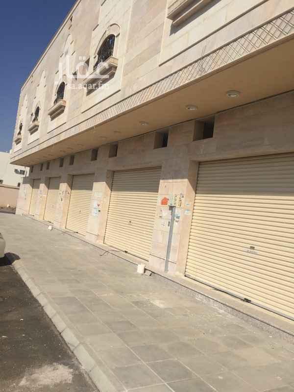 718422 ٥ محلات جديدة على شارع الملك سعود بالعزيزية مطلوب بكل محل 15 الف   الشارع عليه حركة