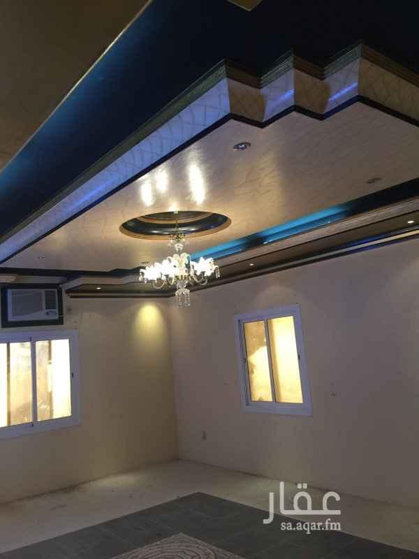 596232 فيلا دور واحد مكون من ست غرف وصاله ومطبخ  الدور الثاني يمكن  اضافته موقع ممتاز جدا قريب من المسجد وكل الخدمات