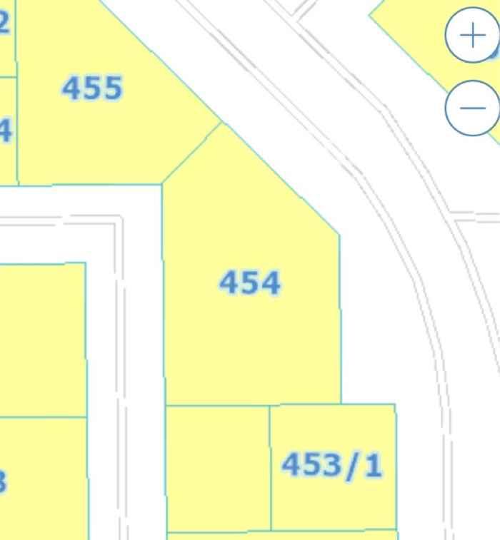 1583836 شارعين متظاهرة ٢٥شرقي ١٣ غربي  مشوطرة قابلة للتجزئة