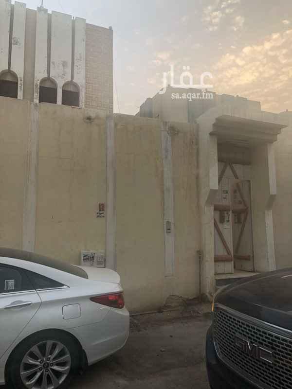 1401190 دور علوي للايجار مدخل خاص