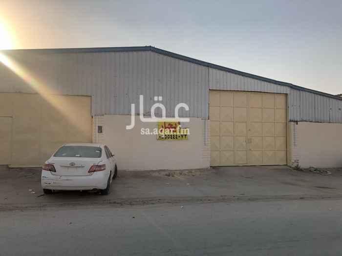 1573554 ورشة للايجار مقابل مكتب الدعوة في صناعية حي بدر الموقع مميز لورش السيارات السعر قابل للتفاوض