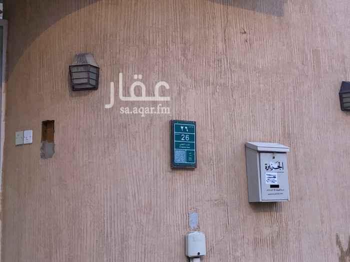 1711410 دور ارضي للايجار بدون مدخل سيارة حي بدر 4 غرف نوم + صالة + ملحق خارجي + حوش + 4 دورات مياه نظيف