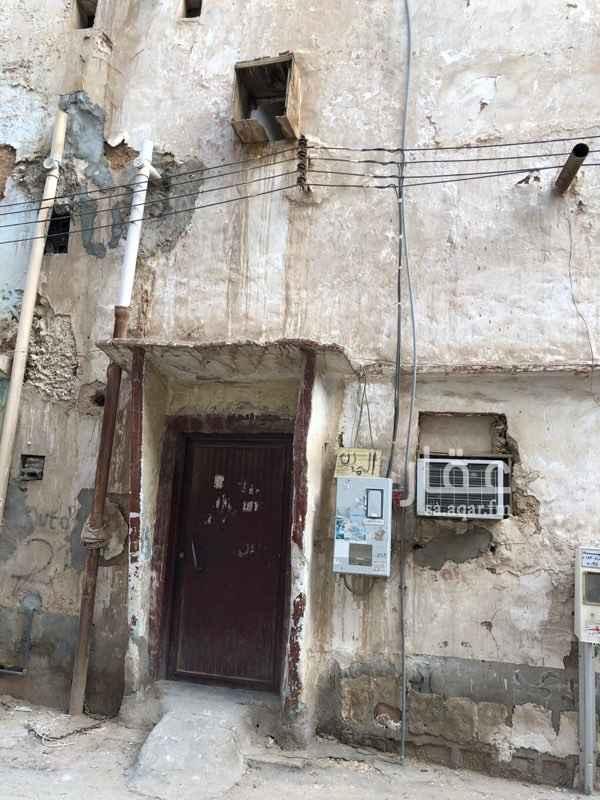 1739285 بيت شعبي حي الشميسي قريب من طريق الملك فهد وطريق المدينة وجميع الخدمات مؤجر 5000 سنوي   السعر قابل للتفاوض