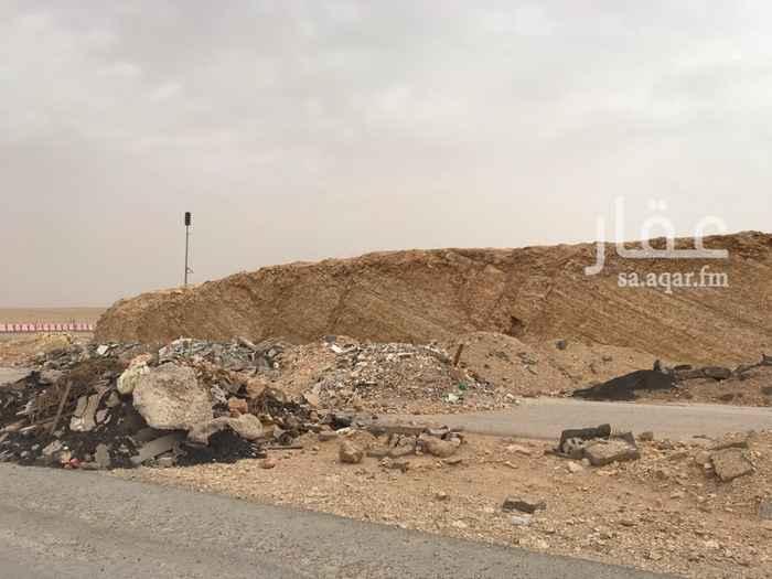 1214114 أرض تجارية على طريق الأمير فيصل بن بندر شارعين شمالي 60 و شرقي 36