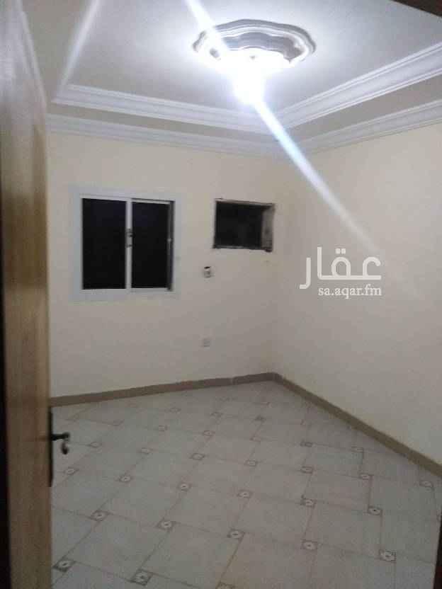 1785491 شقه غرفه وصاله ومطبخ وحمام غير مفروشة في الشرفيه شارع الستين شامل كهرباء وماء