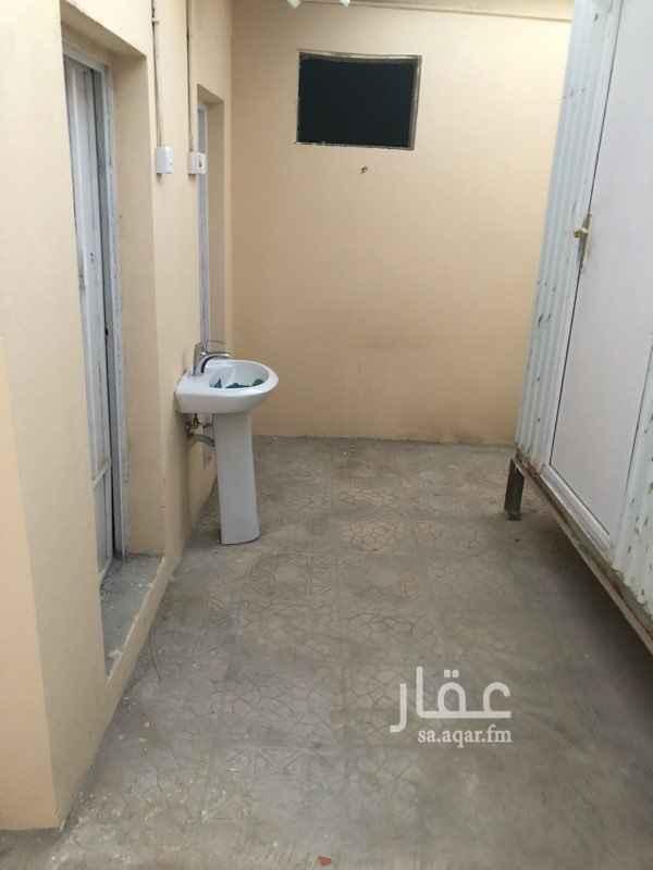 1407749 للإيجار عدد (3) غرف + دورتين مياهـ + مطبخ + حوش  0566460460