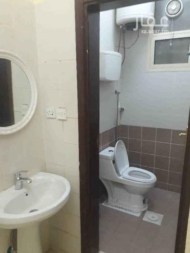 1699614 شقة غرفتين ومطبخ وصالة وحمامين موقع قريب من شارع الحجاز ومستوصف الولاده