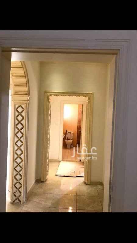 1655016 شقة فاخرة للايجار شارع الثلاثين بين المكرونة والملك فهد  قريبة من جيع الخدمات  الحارس 0506071464