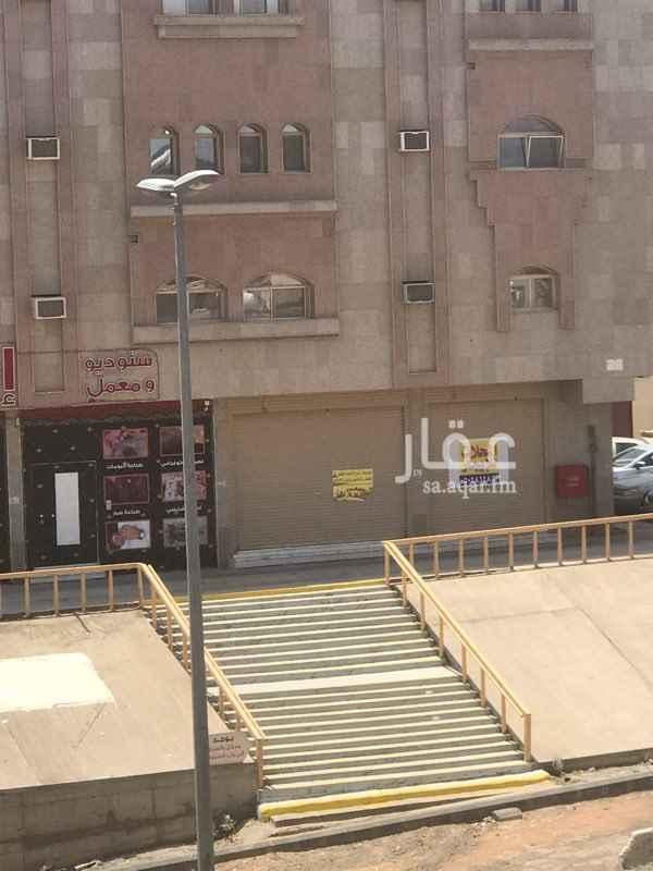 1576216 ٢ محل المساحة ٣٠ متر لكل محل على شارع  ٤٠ شمالى وشر ق  قريب من شارع الامير عبدالمجيد