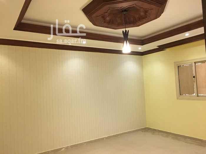 1393116 شقة للايجار في الحرمين 1  مكونه من 4 غرف 2 دورات مياه صالة ومطبخ الدور الاول للتواصل 0555511343
