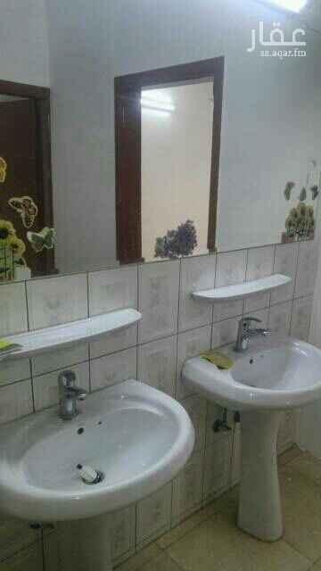 1575242 شقة 3غرف+صالة+ 2حمام،+مطبخ