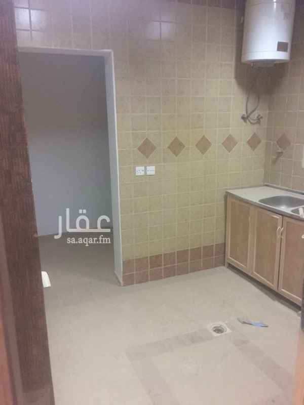 شقة للإيجار فى شارع رقم, الياسمين, الرياض