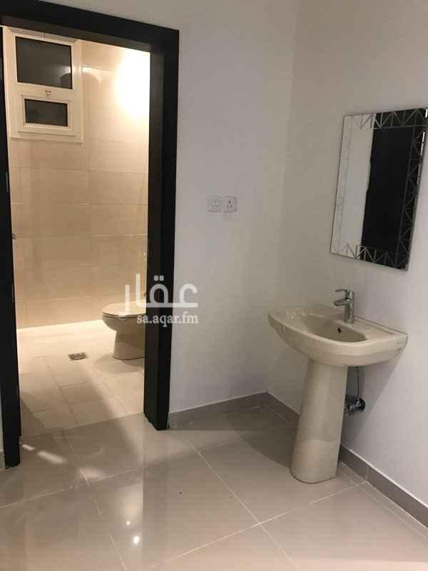 1426389 شقة في فله سكنيه في السطح  ٢  غرف نوم ١  مجلس ١  صاله ١  مطبخ ٢  دورات مياه