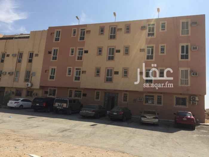 1206595 العقار عبارة عن شقة ارضية للعوائل في حي الشفا بدر مكونة من اربع غرف وصالة وحمامين ومطبخ فقط ب ١٠٠٠٠ ريال على دفعتين ١٢٠٠٠ اقساط شهرية