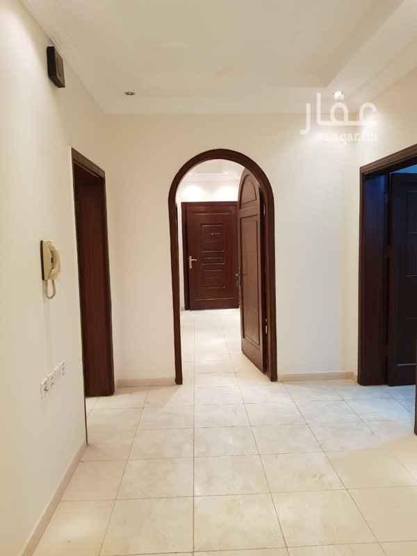 1343889 عماره جديده عمرها سنتين بالقرب من مسجد البراء بن مالك وبالقرب من سوبرماركت النهضه ويوجد بها مصعد رقم الحارس زمير 0563920287