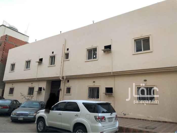 1403757 عمارة سكنية على شارعين وتتكون من طابقين  الطابق الاول يتكون من 3 شقق كل شقة 4 غرف وصالة ومطبخ و 2 حمام   الطابق الثاني يتكون من 4 شقق كل شقة 3 غرف وصالة ومطبخ و2 حمام   ( حصري )