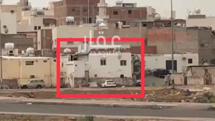 1530131 بيت شعبي دورين ، كل دور منفصل به غرفتين وحمامين وصالة ومطبخ قريب جداً من طريق مكة-جدة ومن مسجد قباء يمكن تأجير الدورين أو كل دور على حدة