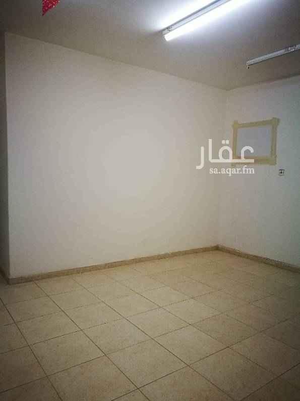 1693567 شقة تتكون من غرفتين وصالة + حمامين + مطبخ راكب للمفاهمة 0555736810/0536222759