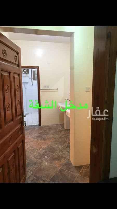 857011 شقة 5 غرف بحي الخالدية مقابل المدارس الثانوية النموذجية 2،دورات مياه السعر قابل للتفاوض
