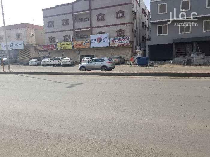1392814 شقه للإيجارجده حي السنابل.مكونه من 3غرف وصاله ومطبخ و2حمام ومستودع مدخلين .الشارع العام