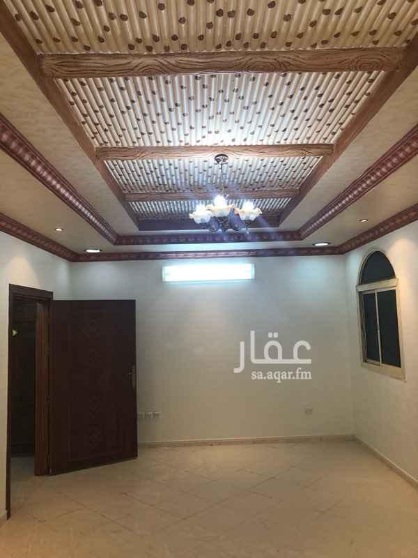 1561459 للإيجار ببطحاء قريش ( العيسائي ) قريب من مسجد الراجحي مطبخ ومكيفات جديدة والموية مجاناً والعداد مستقل دفعة واحدة 20 دفعتين 23 شهري 2200